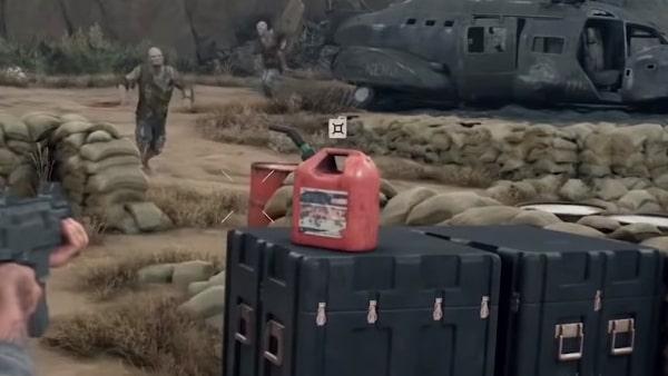 ガソリンの入った赤色のポリタンク