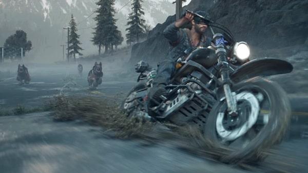 ディーコンがバイクで逃走するシーン