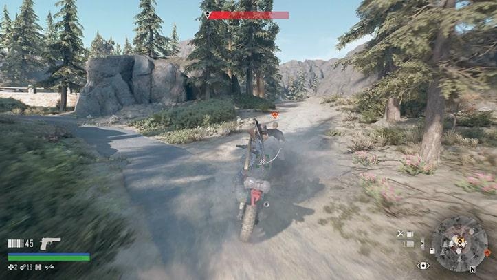 バイクで泥棒を追いかけるシーン