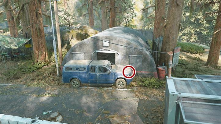 車を押してテントに入れる箇所の画像