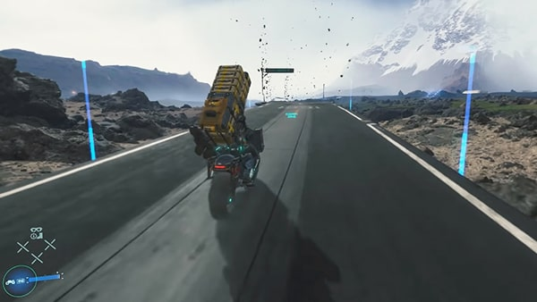 サムがバイクを運転してるシーン