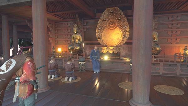 浮世草を開始できる仏壇前の僧
