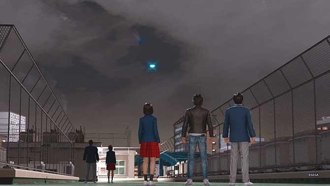 誠稜高校の屋上にUFOが飛ぶ様子