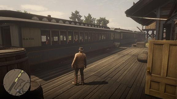 ローズ駅で列車を待つシーン