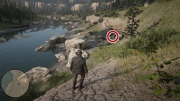 カンバーランドの滝にいるエリーの画像