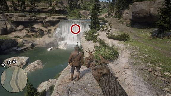 宝がある場所の滝の風景