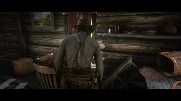 エヴェリンの山小屋に入るジョン