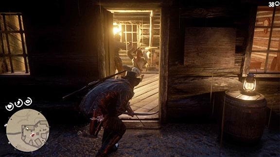 チャールズが室内にいる敵を始末するシーン