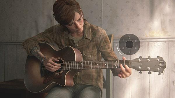 エリーがギターを演奏しているシーン