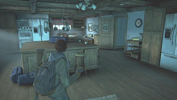 台所から地下へ降りる様子