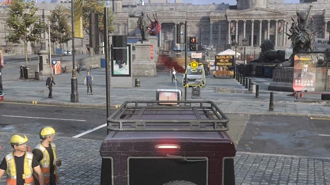 トラファルガー広場にいる爆発物を積んだバン
