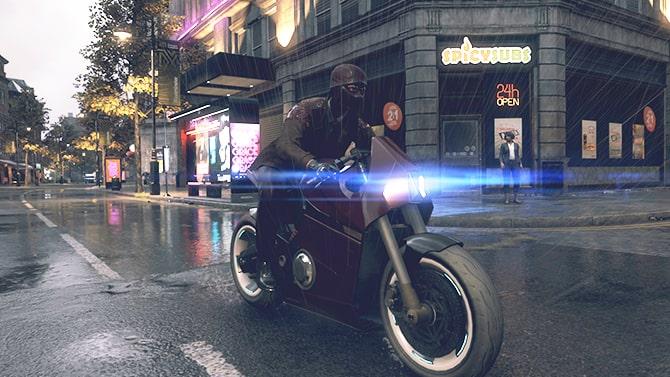 パーセルフォックスをバイクで配達する様子