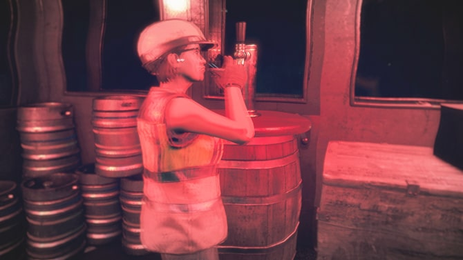 アルコールを飲む様子